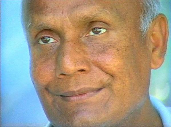 SRI CHINMOY meditációs tanító